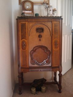 Old time radio. We listened to old shows like The Arrow, Fiber McGee and Molly, Sky King, The Shadow, Sgt. Preston of the Yukon,Bobby Benton of the B R B Ranch, Amos and Andy and many more. Enchanting story telling for young and old.