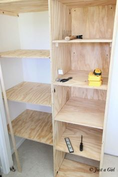 Lovely 71 Easy And Affordable DIY Wood Closet Shelves Ideas   About Ruth