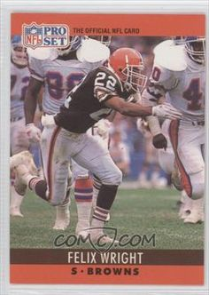 the flexter! Nfl Football Players, Sport Football, Football Stuff, Cleveland Browns History, Cleveland Browns Football, Go Browns, Browns Fans, Steelers And Browns, Football Conference