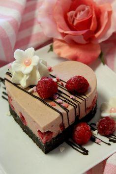 Kakkuviikarin vispailuja!: Ystävänpäiväleivos