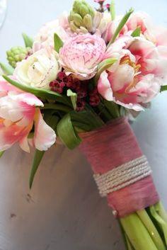 Flowers to match red, purple, and dark fuschia bridesmaids dresses