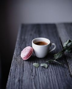 Coffee and macaron
