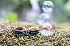 Wooden wedding rings| Hochzeitsblog marryMAG| Der… Ring Verlobung, Rings For Men, Wedding Rings, Jewelry, Beautiful Wedding Rings, Men Rings, Lilac, Newlyweds, Engagement Ring