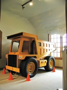 Maddux would love this bed! Maybe he would stay in bed with this one! dump truck bed - seriously this must be pinned! Tractor Bed, Construction Bedroom, Dump Truck, Cool Beds, Kid Beds, Bunk Beds, Kid Spaces, Kids Bedroom, Kids Rooms