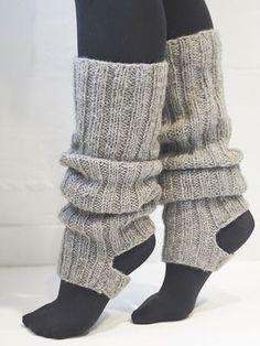 Best Fashion Advice of All Time – Best Fashion Advice of All Time Knitted Boot Cuffs, Crochet Boots, Crochet Slippers, Knit Crochet, Easy Knitting, Knitting Socks, Knitting Patterns, Leg Warmer Knitting Pattern, Poncho Style