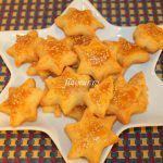 SARATELE CU CASCAVAL Appetizer Recipes, Appetizers, Crackers, Picnic, Good Food, Pizza, Cooking Recipes, Tasty, Cheese