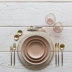 RENT: Halo Glass Chargers in 24k Gold + Custom Heath Ceramics in Sunrise + Goa Flatware in Brushed 24k Gold/Wood + Bella 24k Gold Rimmed Stemless Glassware in Blush + 14k Gold Salt Cellars + Tiny Gold Spoons   SHOP: Halo Glass Chargers in 24k Gold + Goa Flatware in Brushed 24k Gold/Wood + Bella 24k Gold Rimmed Stemless Glassware in Blush + 14k Gold Salt Cellars + Tiny Gold Spoons