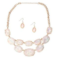 Pearlescent Princess Statement Necklace  http://www.inspiredsilver.com/ #InspiredSilver #Necklace #Goldjewelry  #Jewelry