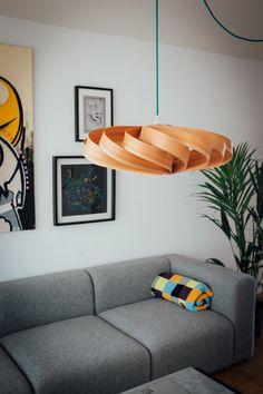 Lampe aus Holzfurnier selber bauen