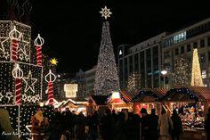 Facet Na Talerzu: Jarmark Bożonarodzeniowy w Berlinie