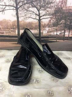 d1bd15c6e09 Auth 500 Tod 039 s Black Patent Leather Driving Moccasins Loafers Shoes  Size 8