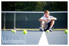 Something like this with one tennis ball up close that has 2017 written on it Tennis Senior Pictures, Unique Senior Pictures, Tennis Photos, Volleyball Pictures, Sports Pictures, Softball Pics, Cheer Pictures, Boy Senior Portraits, Senior Photos