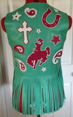 Custom Leather Rodeo Queen vest, made by Melloworks Cowgirl Outfits, Cowgirl Style, Western Outfits, Western Wear, Rodeo Queen Clothes, Western Costumes, Queen Outfit, Vintage Cowgirl, Queen Photos