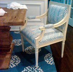 Alan Campbell Zig Zag (Quadrille) fabric, madeline weinrib rug, upholstered host chair, blue palette