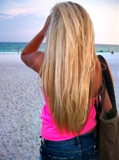 Long Blonde Hair - wish my hair would grow! An I love this color this is my color now cant wait till it grows!