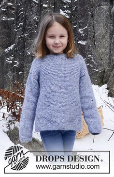 """Knitted DROPS basic jumper in garter st with round neck in """"Air"""". SIZE 12 months - 10 years. Free pattern by DROPS Design."""