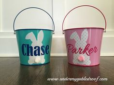 DIY Easter Buckets using Silhouette Cameo and Adhesive Vinyl diy vinyl Easter Projects, Easter Crafts For Kids, Crafts To Do, Easter Ideas, Easter Decor, Easter Centerpiece, Bunny Crafts, Easter Stuff, Diy Crafts