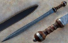 épée type glaive romain en acier damas/Sword type Roman sword damask steel