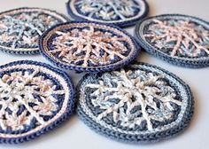 https://www.ravelry.com/patterns/library/frozen-snowflake-hanging-ornament