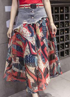 Denim-Waist Spliced Fish-Print Chiffon Long Skirt Source by linaautomnblack outfits Skirt Outfits Modest, Midi Skirt Outfit, Pencil Skirt Outfits, Dressy Dresses, Long Chiffon Skirt, Patron Vintage, How To Make Skirt, Denim Ideas, Jeans Rock