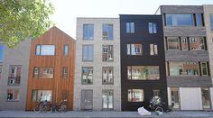 Zelfbouw woningen kavels Blok 59 IJburg Amsterdam  Oplevering #zelfbouw #architect Amsterdam Architecture, Amsterdam Houses, Modern Condo, Dutch House, Modern Architecture Design, Building A House, Facades, House Styles, Places