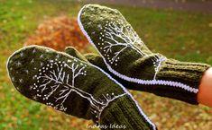Green winter style mittens