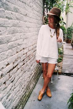 The Clogs girl of the day Clogs Outfit, Swedish Clogs, Girl Day, Panama Hat, White Dress, Hats, People, How To Wear, Outfits
