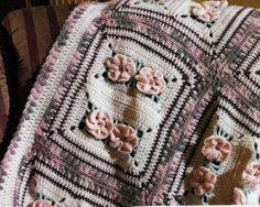 BEAUTIFUL Floral Fantasy Afghan/Crochet Pattern Instructions