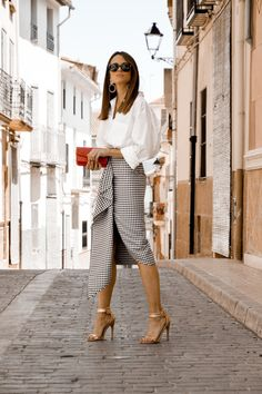 Cool Summer Outfits, Pretty Outfits, Spring Outfits, White Outfits, Dress Outfits, Casual Outfits, Outfits Camisa Blanca, Camisa Oversized, Skirt Fashion