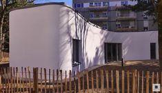 Eine Kooperation zwischen der Universität von Nantes, Bouygues Construction, Lafarge Holcim, der Organisation Nantes Métropole Habitat und TICA architectes & urbanistes brachte ein 3D-Druck-Sozialwohungprojekt namens Yhnova hervor. Im Rahmen dieses Projekts wurde ein bewohnbares 95 Quadratmeter großes Zuhause mit