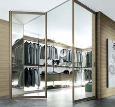Puertas deluxe e interiores diseñados al milímetro son las claves para lograr el closet ideal y a la última. Descubre aquí, además, ideas y soluciones para optimizar el espacio y las propuestas de...