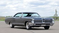 How To Clean Chrome, Pontiac Catalina, Pontiac Bonneville, American Classic Cars, Us Cars, Car Car, Automatic Transmission, Luxury Cars, Poster