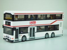 Hong Kong KMB Volvo Olympian 11m air-con bus built by LEGO | Flickr - Photo Sharing! Lego Army, Lego City Police, Lego Military, Lego Bus, Lego Super Mario, Lego City Sets, Lego Trains, Lego For Kids, Lego Mecha
