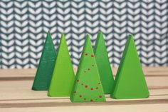 I need me some triangles. Christmas Tree Painting, Christmas Wood, Green Christmas, Train Table, Wood Tree, Woodland Nursery, Pretend Play, Triangles, Crafts For Kids