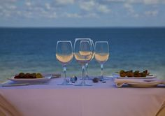 Beach lunches at Azura Quilalea.