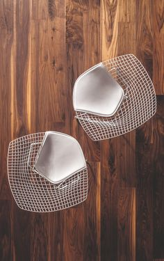 Great top view of Harry Bertoia Diamond chairs Cool Chairs, Metal Chairs, Unique Furniture, Furniture Design, Furniture Ideas, Metal Furniture, White Furniture, Rustic Furniture, Photoshop