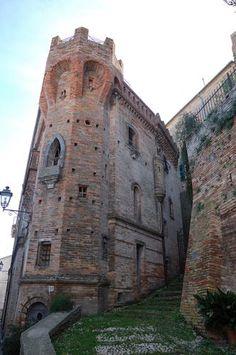 Castello Amorotti - Loreto Aprutino - Abruzzo, Italia