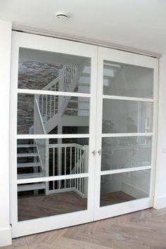 Gerard Keuken & Meubel Design | Op maat gemaakte meubels, stijlvolle wandkasten of handgemaakte keukens. Open Staircase, Stairs, Open Trap, Interior And Exterior, Interior Design, Pocket Doors, Home Projects, House Plans, New Homes