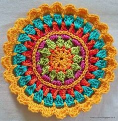 Diy-Recycling ideas, FB, Music, Book, R . Motif Mandala Crochet, Crochet Circles, Crochet Motifs, Crochet Flower Patterns, Crochet Squares, Crochet Designs, Crochet Doilies, Crochet Flowers, Crochet Home