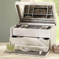 Ultimate Vanity Classic Jewelry Storage Box