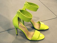 Love this h heels!