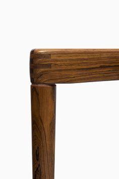 HW Klein dining table in rosewood by Bramin, more HW klein furniture at Studio Schalling #rosewood #design #furniture