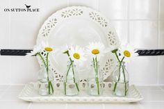 Decorating with Daisies | Easy ways to add daisies to your decor!
