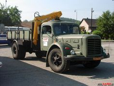 Old Trucks, Locomotive, Cars And Motorcycles, Military Vehicles, Vintage Cars, Retro 1, Buses, Nice, Design