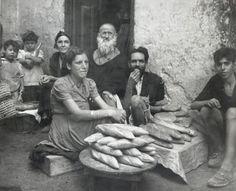Outdoor bakery in the Mellah. Casablanca, Morocco, c. 1948