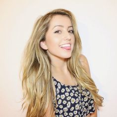 lycia) hey guys I'm lycia! I'm 19 and single but ready to mingle * giggles * I'm new here so intro?
