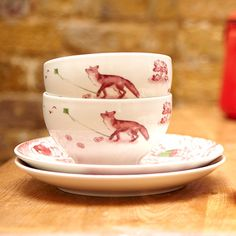 10 sets of red toile cups and saucers Fantastic Fox, Mr Fox, Fox Decor, Little Fox, Fox Art, Solid Wood Furniture, China Patterns, Tea Accessories, Fashion Plates