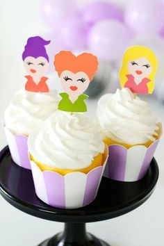 Check out this magical Hocus Pocus Halloween party! The party food is fantastic! See more party ideas and share yours at CatchMyParty.com  #catchmyparty #partyideas #halloweenparty #hocuspocus #hocuspocusparty #halloween Halloween Party Favors, Halloween Cupcakes, Halloween Treats, Halloween Decorations, Vanilla Cupcakes, Chocolate Cupcakes, Cupcake Flavors, Beautiful Cupcakes, Ice Cream Toppings