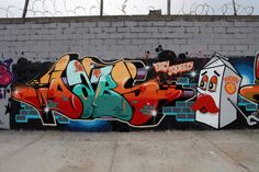 Melbourne natives Dabs and Myla are a dynamic duo who have been living in Los Angeles since 2009 making its streets and walls more beautiful. Graffiti Writing, Graffiti Lettering, Street Art Graffiti, Graffiti Artists, Myla, Skateboard Decks, Urban Photography, Banksy, Urban Art