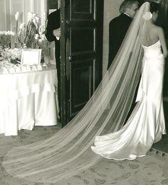 Full gathered single tier silk tulle wedding veil